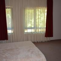 One-Bedroom Apartment - Ground Floor (3 Adults + 2 Children)
