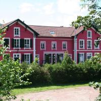 Hotel Pictures: La Mirabelle, Cornimont