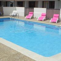 Hotel Pictures: Hotel Les Pins, Hourtin