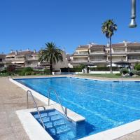 Hotel Pictures: Click & Booking Residencial Eurogolden, Vilafortuny