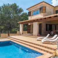 Hotel Pictures: Villa Lluna, Cala Mesquida