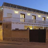 Hotel Pictures: Hostal Rural El Tejar, Layos