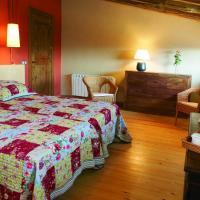 Hotel Pictures: Apartamentos Mas Murtra, Girona