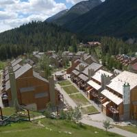 Hotel Pictures: Horsethief Lodge by High Country Properties, Panorama