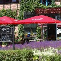 Hotel Pictures: Bio-Landwerthotel Gutshof Insel Usedom, Mellenthin