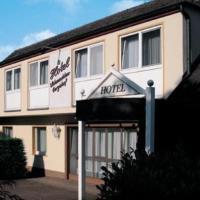 Hotel Pictures: Hotel-Restaurant Schmachtenbergshof, Essen