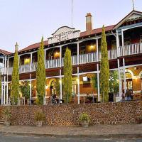 Hotel Pictures: Best Western Pemberton Hotel, Pemberton