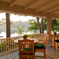 Bufflehead Cove Inn