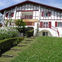 Hotel Pictures: Chambres d'Hôtes Haitz Ondo, Hasparren