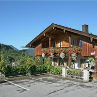 Hotel Pictures: Gästehaus Sonnenbichl, Fischbachau