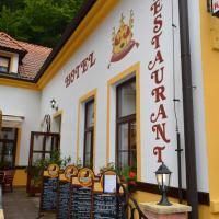 Hotel Pictures: Hotel Koruna, Karlštejn