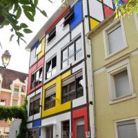 Maison Mondrian