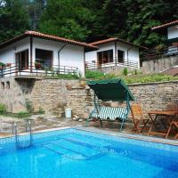 Hotel Pictures: Aqua Terra Holiday Village, Skandaloto