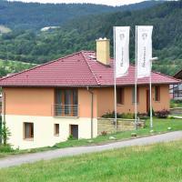 Hotel Pictures: Vila Harmonie, Luhačovice