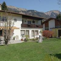 Hotel Pictures: Chalet Sonnenblick, Brienz