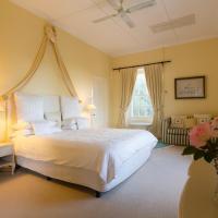 Standard Double Room - Mount Brown