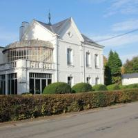 Hotel Pictures: Le Grand Rêve - Villa Adélaïde, Chimay