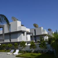 Hotel Pictures: Fleur De Mer Villa in Hi-Tech Style, Pyrgos