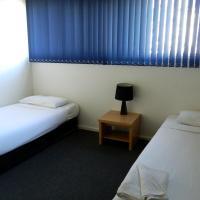 Deluxe Two-Bedroom Apartment (2 Singles and 1 Queen)