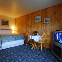 Hotel Pictures: Castle Rock Country Inn, Ingonish Beach