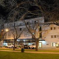 Hotel Pictures: Hotel del Parque, Bragado
