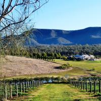 Hotel Pictures: Grapevines Boutique Accommodation, Pokolbin
