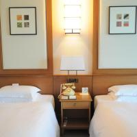Deluxe Twin Room B - Main Wing