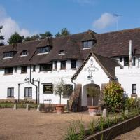 Hotel Pictures: Roundabout Hotel, Pulborough