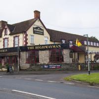 Hotel Pictures: The Highwayman Inn – RelaxInnz, Shepton Mallet