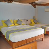 Superior Triple Room in Front