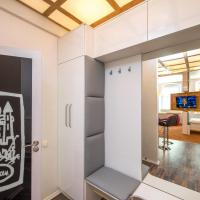 Studio Apartment on Plosha Rynok 21