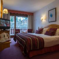 Double or Twin Room with Balcony with Ski pass Grandvalira