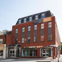 Hotel Pictures: Central House, Camberley