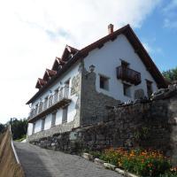 Hotel Pictures: Casa Rural Enekoizar, Abaurrea Alta