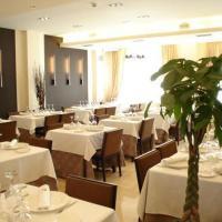 Hotel Pictures: Hotel Asador H.M. Versus, Burgos