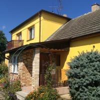 Hotel Pictures: Apartmány u Alenky, Lomnice nad Lužnicí