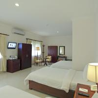 Standard Triple Room - 2 Way Airport Transfers