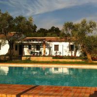 Hotel Pictures: Casa Rural La Serrana de Aracena, Aracena