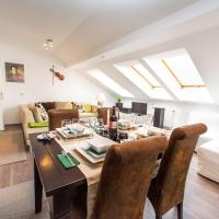 One-Bedroom Apartment with Terrace - Veronikagasse 25