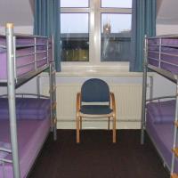 4 Person Private Room