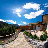 Hotel Pictures: Verwöhn-Wellnesshotel Walserhof, Hirschegg