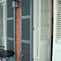 Courtyard Balcony Suite