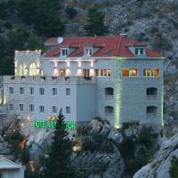 Foto Hotel: Hotel Villa Dvor, Omiš