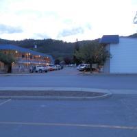Trail Motel
