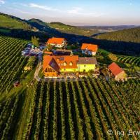 Hotel Pictures: Weingut Reiterer, Kitzeck im Sausal