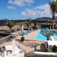 Hotel Pictures: Casa Rural Vistas Salinas, Yaiza