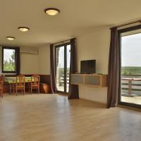 Hotel Pictures: Guest House Yunets, Yunets