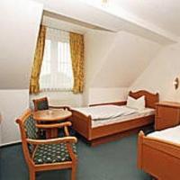 Hotel Pictures: Pension Manthei, Bergen auf Rügen