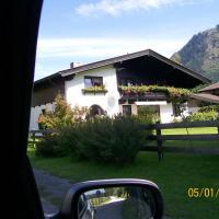 Hotel Pictures: Ferien Apartment Tonner, Maishofen