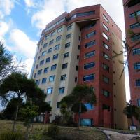 Hotel Pictures: Maycris Apartment El Bosque, Quito